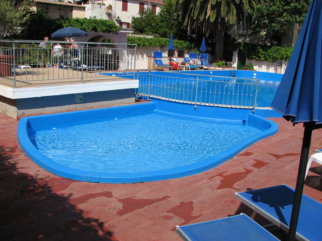 gal-home-piscina2